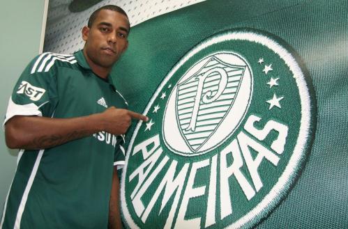 Robert chegou ao Palmeiras em 2009 (Foto: Divulgação)