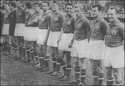 Formação iugoslava na Copa de 54 tinha remanescentes da década anterior (Foto: FIFA/DIvulgação)