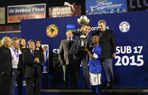 Brasil conquistou o seu 11° título do sul-americano sub-17 Foto:Reprodução/onmebol.com)