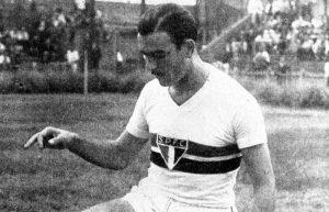 Gino com a camisa do São Paulo