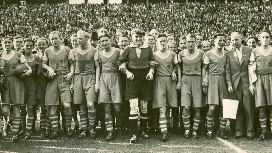 O forte time do Schalke dominava a Alemanha na época (Foto: Schalke 04/Divulgação)
