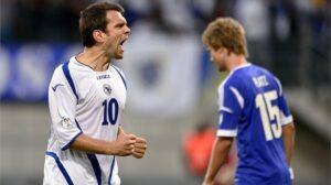 O craque Misimovic se aposentou pós Copa (Foto: Divulgação/fifa.com)