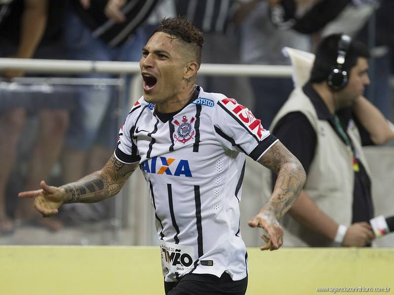 Guerrero é o maior artilheiro estrangeiro do Corinthians, com 57 gols (Foto: Daniel Augusto Jr./Agência Corinthians/Divulgação)