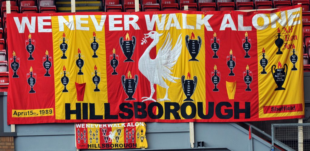 Homenagem da torcida do Liverpool aos mortos em Sheffield (Foto: Divulgação/Hillsborough Independent Panel)