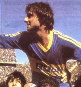 O habilidoso Diego Latorre (Foto: Reprodução/labombonera.com.ar)