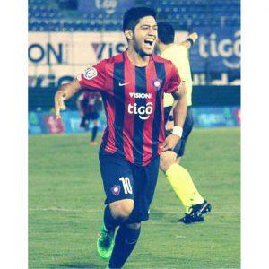 Sérgio Díaz é o grande craque do Cerro Porteño (Foto: Reprodução/facebook)
