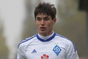 Yarenchuk é um dos destaques da seleção ucraniana (Foto: Divulgação/fcdynamo.kiev.com)