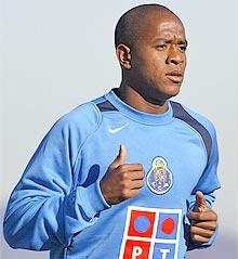 Leandro Bonfim pouco jogou no Porto (Foto: Reprodução)