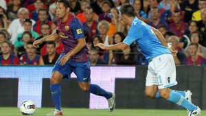 Eterno curinga do Barça, Adriano atua nas duas laterais, sempre como reserva de luxo (Foto: FCB)