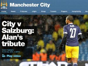 Ainda novato no Salzburg, atleta foi homenageado pelo Manchester City-ING (Foto: Reprodução)