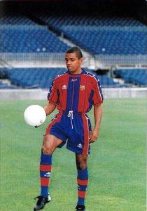 Sonny Anderson no Barcelona (Foto: Reprodução/blaugranas.com)