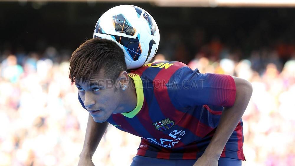Ao lado de Messi e Suárez, Neymar é um dos atuais astros do Barcelona (Foto: FCB)