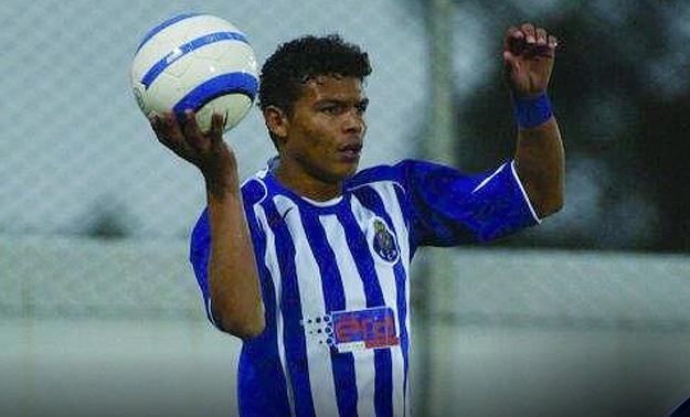 Thiago Silva defendeu apenas o time B do Porto (Foto: Reprodução)