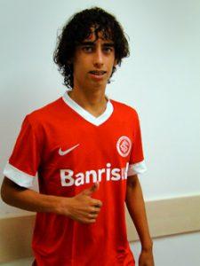 Valdívia: da base para o sucesso no Inter (Foto: divulgação/internacional.com)