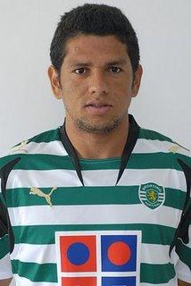 Lateral Pedro Silva teve oportunidades, mas não convenceu (Foto: Divulgação)