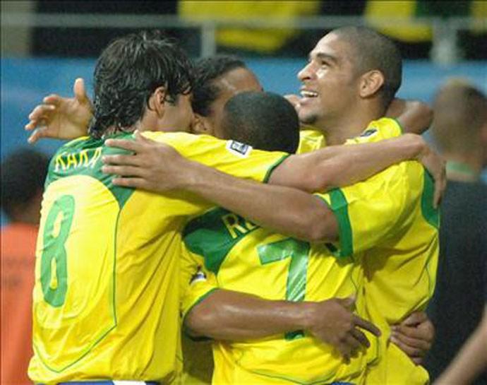 O quarteto campeão em 2005 (Foto: Divulgação/FIFA)