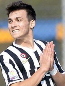 Donis, da Juventus, é um dos destaques da Grécia (Foto: Divulgação/Juventus)