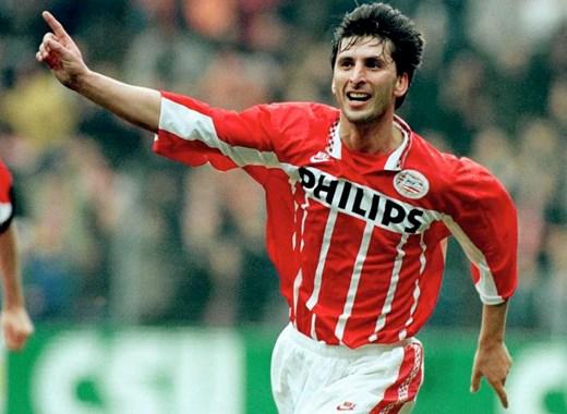 Nilis se tornou um dos maiores ídolos do PSV (Foto: Divulgação/PSV)