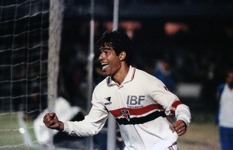 Vivendo seu auge, Raí foi essencial nas conquistas do tricolor em 92 e 93 (Foto: Divulgação/SPFC)