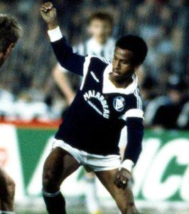 O excelente Tigana (Foto: Reprodução/sports.gentinside.com)