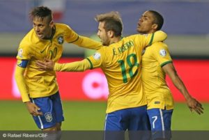 Jogador marcou o gol da vitória brasileira contra o Peru na Copa América (Foto: Rafael Ribeiro/CBF)