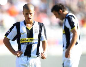 Na Juve, não conseguiu suceder Del Piero (Foto: Reprodução)