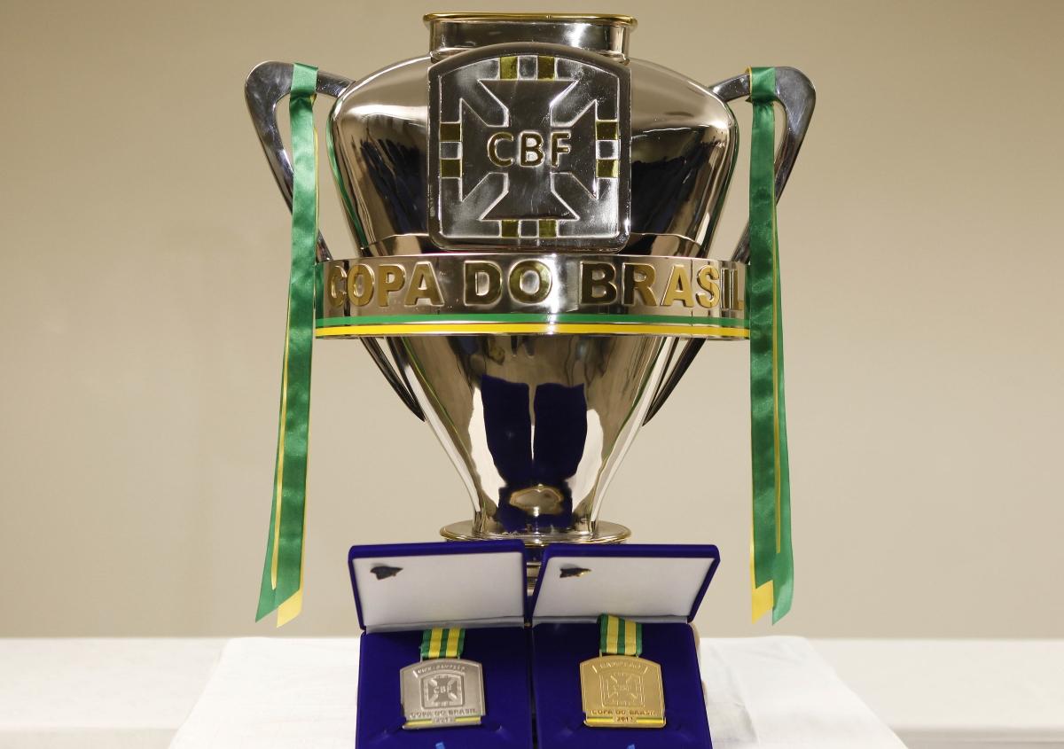 Taça da Copa do Brasil está em jogo com grandes na disputa (Foto: CBF/Divulgação)