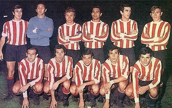 Primeiro da esquerda para a direita na fileira de baixo, Rudzky nasceu na antiga Tchecoslováquia (Foto: Reprodução/Pasión Libertadores)