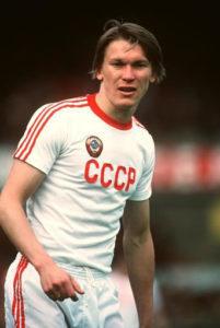 Hoje ucraniano, Blokhin defendeu a União Soviética em seus tempos de jogador (Foto: Reprodução)