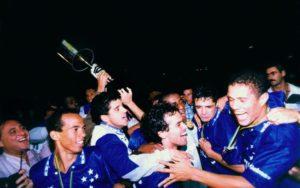 Cruzeiro campeão em 96 (Foto: Reprodução)