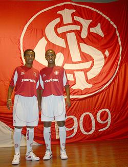 Os gêmeos Diogo e Diego eram os destaques da geração (Foto: Divulgação/Internacional)