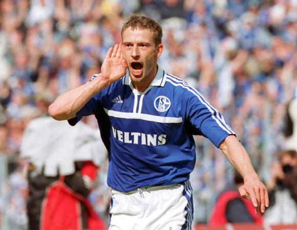 Bohme comemora um de seus gols pelo Schalke (Foto: Reprodução)