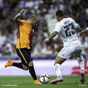O ídolo sneijder na Turquia (Foto: Reprodução/twitter.com)