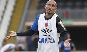 Guiñazu é um dos vários jogadores experientes do lanterna Vasco (Foto: Marcelo Sadio/Vasco/Divulgação)