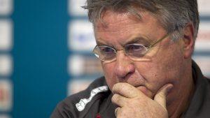 Hiddink não teve sucesso em seu retorno à seleção holandesa (Foto: Reprodução)