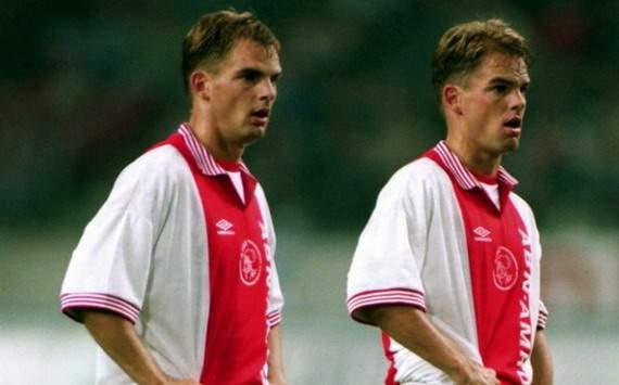 Gêmeos de Boer foram parceiros de equipe em várias oportunidades (Foto: Divulgação/Ajax)
