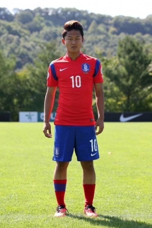 Comparado a Messi, Seung-Woo é o craque da Coreia do Sul (Foto: Reprodução/Twitter)