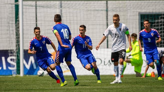 Liderados pelo habilidoso Lovren (11), croatas esperam chegar longe (Foto: UEFA/Divulgação)