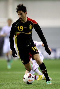 Azzaoui em ação pela Bélgica (Foto:UEFA/Divulgação)