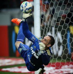 Goleirão coloca o Palmeiras na final da Copa do Brasil! (Foto: Reprodução)