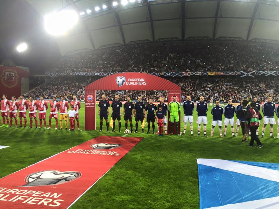 Seleção de Gibraltar é a nova sensação entre os pequenos times da Europa (Foto: Reprodução/Gibraltar FA)