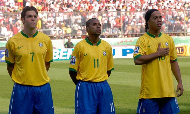 """Aguardado """"trio de ouro"""" pouco fez na estreia do Brasil nas Eliminatórias  para 2010 (Foto: Reprodução)"""