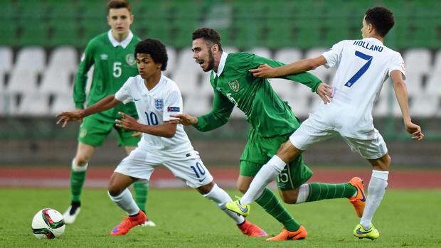 Marcus Edwards é um dos destaques ingleses neste Mundial (Foto: Divulgação/FA)