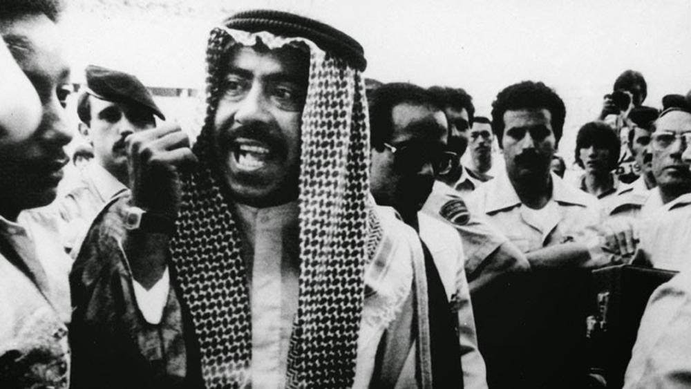 Al-Sabah se indignou com injustiça a seu honroso Kuwait na Copa de 1982 e foi cobrar o árbitro (Foto: Reprodução)