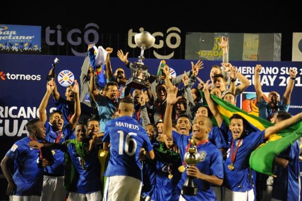 Com vários nomes em destaque, o Brasil foi campeão do Sul-Americano Sub-17 (Foto: Conmebol/Divulgação)