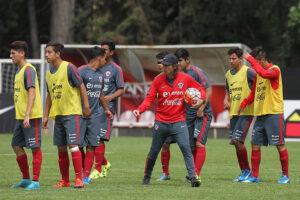 A equipe é bem treinada por Nicolás Córdova (Foto:  Divulgação/anfp.cl)
