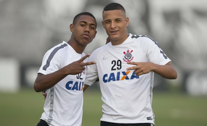 Malcom e Arana reeditam no time principal a parceira da base (Foto: Daniel Augusto.Jr/Agência Corinthians/Divulgação)