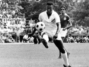 Pelé: hexacampeão brasileiro nos anos 60 (Foto: Reprodução)