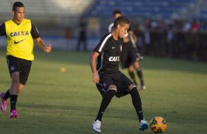 Matheus Pereira é uma das joias da base brasileira (Foto: Reprodução/timaoweb.com.br)
