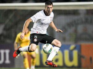 Jogador em ação pelo Corinthians (Foto: Reprodução)